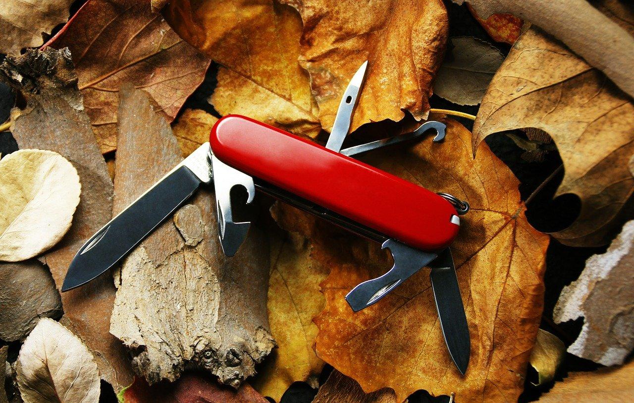 clean swiss army knife vinegar