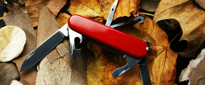 how to open a swiss army knife without nails